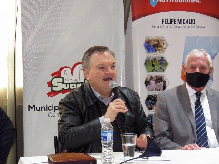 Michlig entregó aportes a instituciones de Suardi