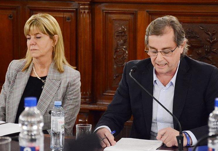 Senadores interpelaron a Capitani por distribución de fondos y alimentos